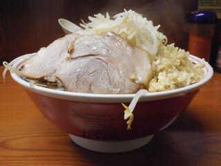 ラーメン二郎 亀戸店 - ラーメン+ニンニク増し増し野菜