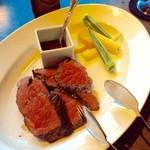 ゼックスウエスト ザ バー - 沖縄モトブ牛のロースト