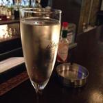 大衆ビストロボン - スパークリングワイン
