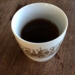 うい庵 - 温かいほうじ茶