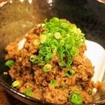 馬肉ダイニングポニーテイル - こぼれ馬肉味噌豆腐