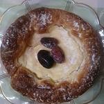 いなげや - 中央のフルーツも瑞々しく美味しかったです(*^^*)しかしこの果物3個はコロコロと転がりやすく、一緒に食べにくかったな~(;^_^A