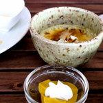 スローフード茶房 wasabi - デザート(黒糖プリンと南瓜のムース)