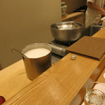 日本料理 太月 - 27年6月 葛きりの準備