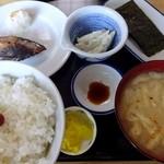 食事処 ときわ - H27 6月朝定食380円
