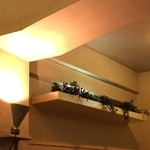 39193583 - 間接照明に照らされる、壁の風景