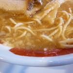 39198306 - 麺とスープ