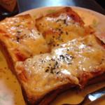 珈琲豆蔵 - チーズトースト