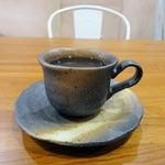 ブリュー パーラー サンロクイチゴ - BIYコーヒー