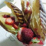 ポワソンダブリル - 苺のミルフィーユ