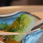 菊乃井 - 5-3)冬瓜に染み入っているだしが美味しいです