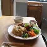 シヴァ カフェ - 料理写真:玄米おばんざいプレート