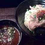 すする - 肉辛つけ麺(5辛)