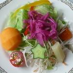 マジェンタ - 季節のサラダ(本日のランチメニュー)
