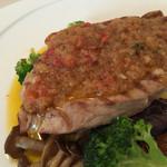 ビストロ ル・ボントン - 6月◆豚ロースのソテー 新玉ねぎとセミドライトマトのオリーブオイルソース
