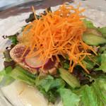 ビストロ ル・ボントン - 6月◆マグロの香草風味のたたき サラダ仕立て