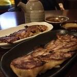 旬鮮炭家 幸 - 梅シソ餃子¥350 チーズ餃子