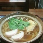 ごん太食事処 - 料理写真:鍋焼きうどん
