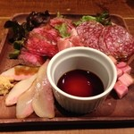 39214237 - 肉盛り合わせ 豚トロ美味し!