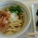 浪花麺乃庄 つるまる - 料理写真:ぶっかけの冷とちくわ天