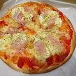 カラット - 料理写真:ぴざわんほーる1200円