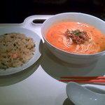 福来園 - 坦々麺+水餃子+ミニ炒飯=595円