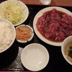 39220900 - 焼肉定食