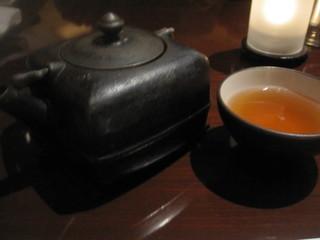 中国料理 カリュウ - お店のオリジナル茶 ベルガモットの香りがしました