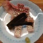 とんかつ 安右衛門 - 鯛の昆布締め