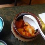 近江牛亭 - ランチ食べ放題のカクテキ