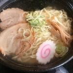 角田製麺 - 塩ラーメン(チャーシュー,ニンニクトッピング)