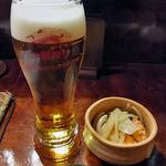 旬菜 籐や - 生ビール & お通し(サケの南蛮漬け)