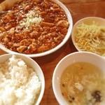 鍋家 幡ケ谷店 - 麻婆豆腐定食☺︎