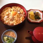 39237157 - 宮崎県産日向鶏炙り親子丼  1250円