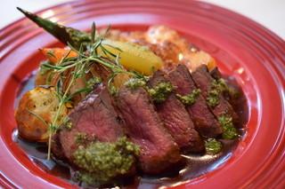 サラマンジェ ドゥ カジノ - オーストラリア産 牛ランプ肉のグリエ