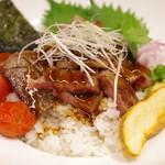 岡喜本店 - 近江牛ステーキ丼