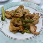 酒彩ノ館 繁稲 - 鶏のスタミナ焼き