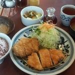 とんかつ浜勝 - 浜勝ランチ (702円)