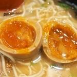 博多ラーメン 心 - 半熟煮玉子