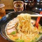 博多ラーメン 心 - 麺