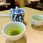 天ぷら ふそう - お茶は急須で出されます