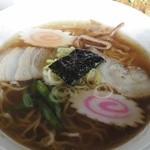 菊乃家 - 支那そば。懐かしく優しい味わいです。