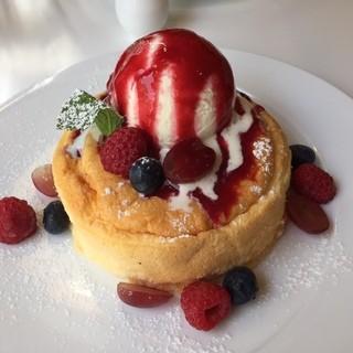 和良自由が丘工房&WARA CAFE - 米粉100%のパンケーキ! 最近米粉にちょっとだけハマってます。
