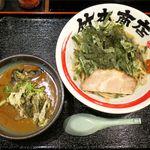 竹本商店 札幌大磯マグロセンター - マグロつけ麺のアップ