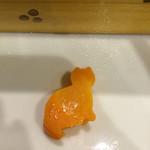 豆とくるみ - せいろ蒸しに入ってたニンジンがにゃんこの形になってました(^^)♪かゎぃぃ♡