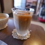 ダバダバ - ミルクコーヒー(アイス)