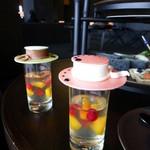 ザ・ラウンジ byアマン - 新鮮なフルーツは、マンゴーと赤スグリ♪