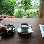 草径庵 - 料理写真:コーヒーとスコーン