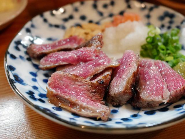 浦野屋 やきとん てるてる 高田馬場店 - 和牛レアステーキ ¥550