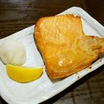 濱家 - 鮭ハラス焼き ¥580